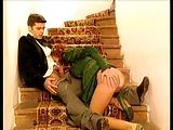 scopata sulle scale con julia taylor