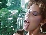 moana pozzi e milly d abbraccio in porno vintage lesbo