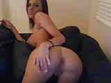 sexy diciottenne troieggia su skype