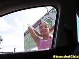 adolescente abbordata per strada ha voglia di cazzo