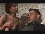 sesso sul biliardo con sofia gucci